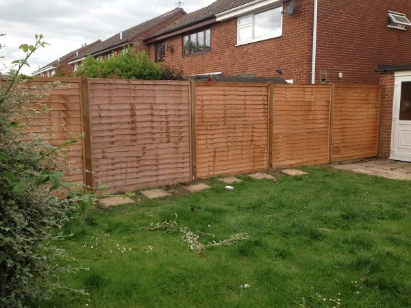 Heavy Duty Lap Panel Fencing 2