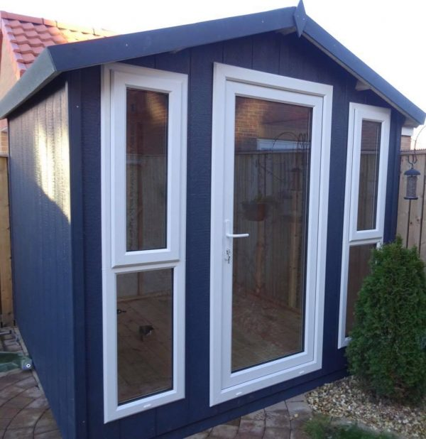 dodds garden room 8×8 apex opening windows