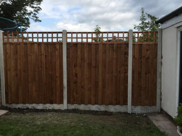 dodds fencing sheds accoustic fencing panels and concrete posts and gravel boards with trellis