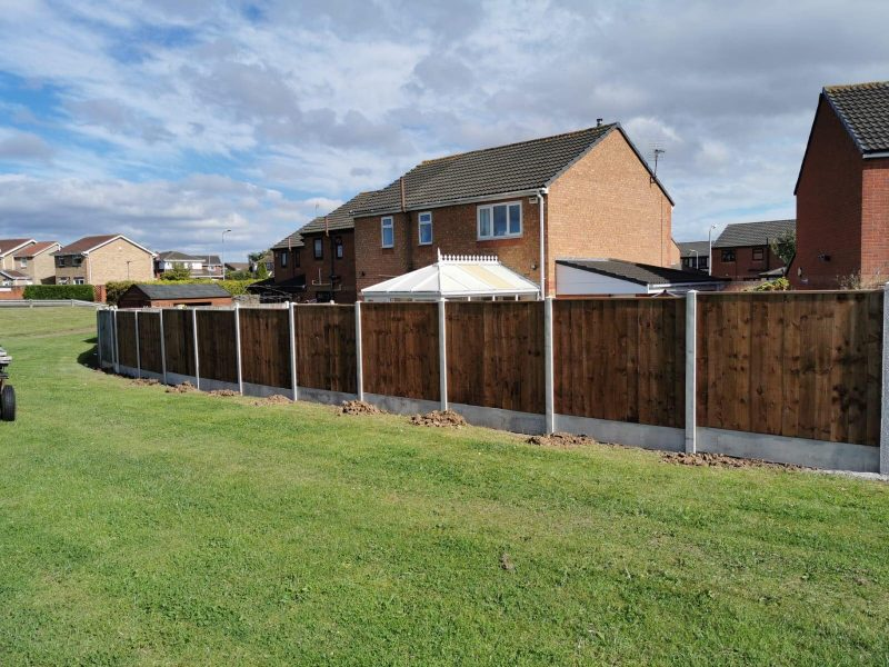 dodds fencing sheds close board fencing panels and concrete posts and gravel boards